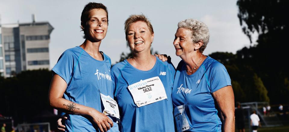 Vibeke Thorup, Bettina Schmidt og Annette Worsøe Bjerrum har gået til genoptræning sammen efter kemoterapi for brystkræft. Her er de fotograferet i Fælledparken, hvor de deltager i et motionsløb