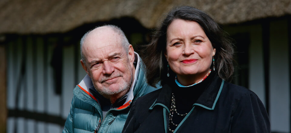 Bortset fra et kort brud i 80'erne har Lasse & Mathilde arbejdet og levet sammen i over 40 år